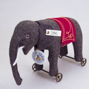 STEIFF CLUB Elephant on Wheels 1997