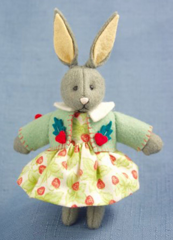 Deb Canham Felt Strawberry* - Click Image to Close